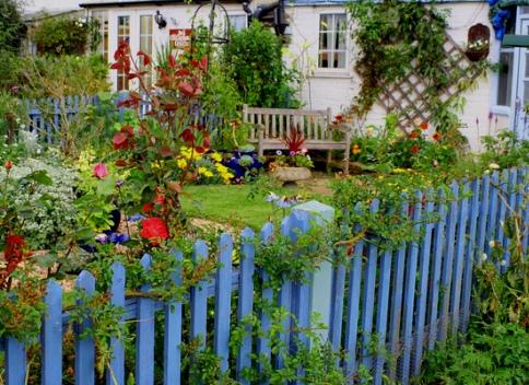 Элементе дизайна для декора сада
