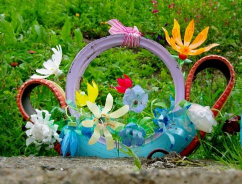 Красивые поделки из пластиковых бутылок для сада фото