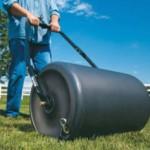 Каток для газона — применение и изготовление своими руками