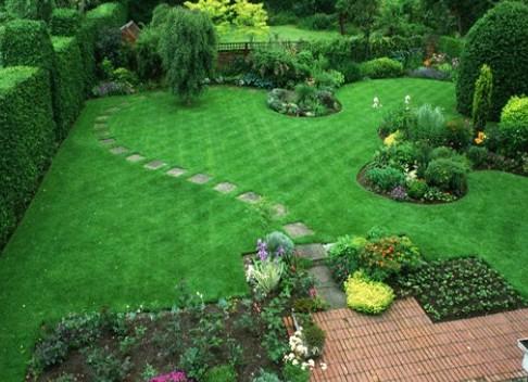 Дизайн клумб и газонов