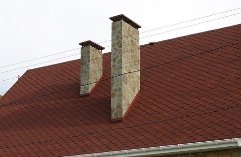 Облицовка дымохода на крыше искусственным камнем труба дымохода из нержавейки 140 мм
