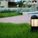 Разнообразие вариантов садовых фонарей и светильников для уличного освещения