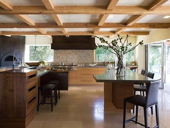 Дизайн балок в деревянном доме