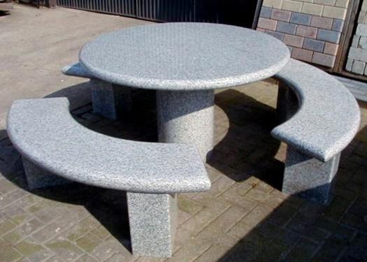 Как сделать стол для дачи своими руками?