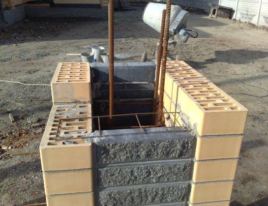 Фото №3 Арматурная сетка свяжет кирпич с бетоном