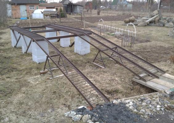 Фото №8 Стационарная автоэстакада из металла на бетонном основании