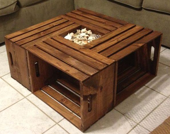 Журнальный столик, собранный из четырех ящиков