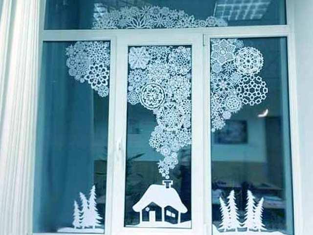 Новогоднее украшение на окнах своими руками
