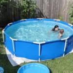 Выбираем и устанавливаем каркасный бассейн для дачи
