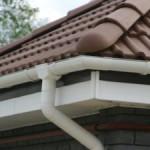 Устройство и монтаж системы водостока для крыши