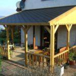 Веранда, пристроенная к дому: дизайн и строительство своими руками