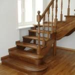 Разнообразие вариантов деревянных лестниц на второй этаж для частного дома