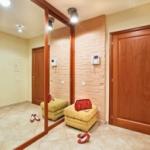 Чем отделать прихожую и коридор  в частном доме или квартире?