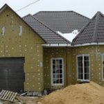 Чем утеплить фасад дома: материалы и технологии