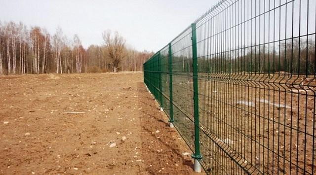 Временный забор - как подготовить участок под строительство дома?
